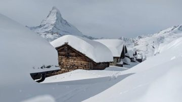 Switzerland Says Ski Areas Will Stay Open Over Christmas